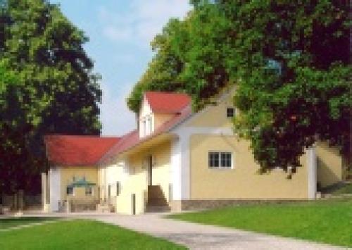 Klenovska Hajovna   Das Jagdhaus