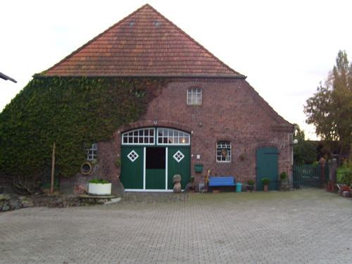 Außenansicht Sommer Bauernhof in Holzdorf