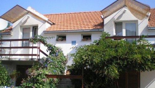 Apartments Faros