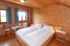Schlafzimmer mit Doppelbett - Bio-Bauernhof, Rieden am Forggensee