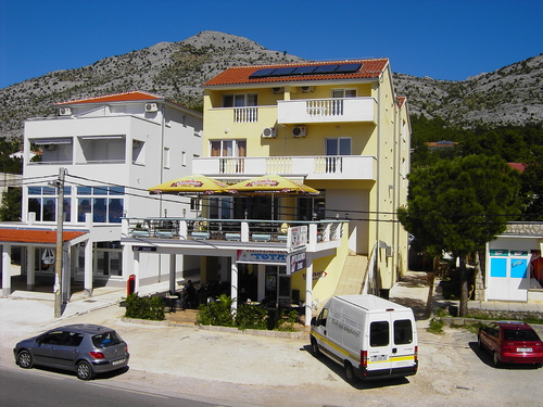 Apartments Tota