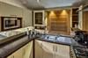 Eine Küche bietet ausreichend Platz um die Familie oder Freunde zu bekochen. - Ferienhaus , Parey-Elbe