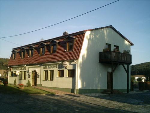 Foto von Gasthaus/Halle und Umgebung