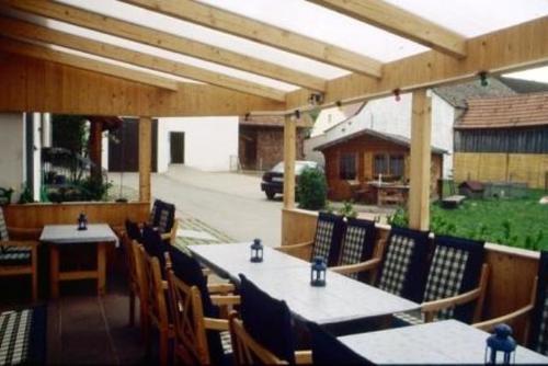 Terrasse mit Sitzbereich - Ferienwohnung , Kelheim