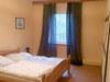 Schlafzimmer mit Doppelbett - Bauernhof, Rambin
