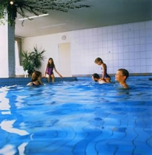 Bauernhofurlaub mit Schwimmbad  - Urlaub, Waldecker Land