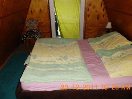 Schlafzimmer mit Doppelbett - Ferienhaus, Sachsen-Anhalt