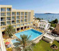Hotel Meerblick und Palmen