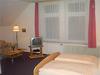 Schlafzimmer mit Doppelbett - Hotel, Sachsen-Anhalt