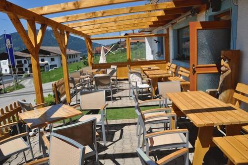 Sonnenterrasse vom Landhaus Wildschütz im Tannheimer Tal   - Ferienwohnung , Tirol