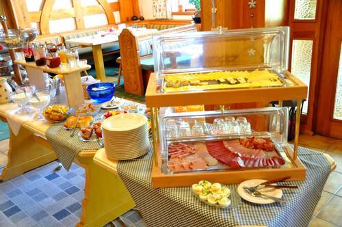 Frühstücksbuffet vom Landhaus Wildschütz in Tirol